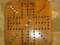 AGGRAVATION / WAHOO GAME - FOUR PLAYER SQUARE WOODEN GAME BO