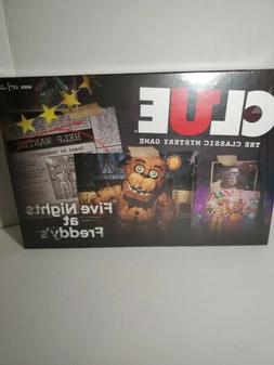 USAOpoly Clue Clue - Five Nights at Freddy's Box SW