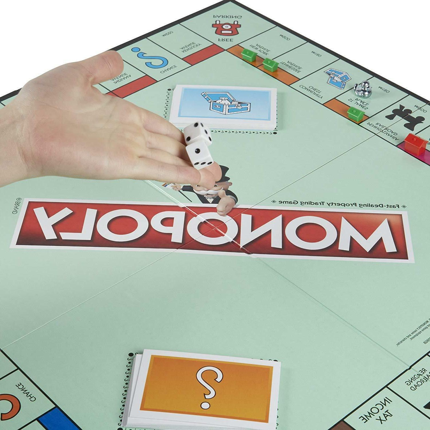 New Classic Family Games Playing Friends