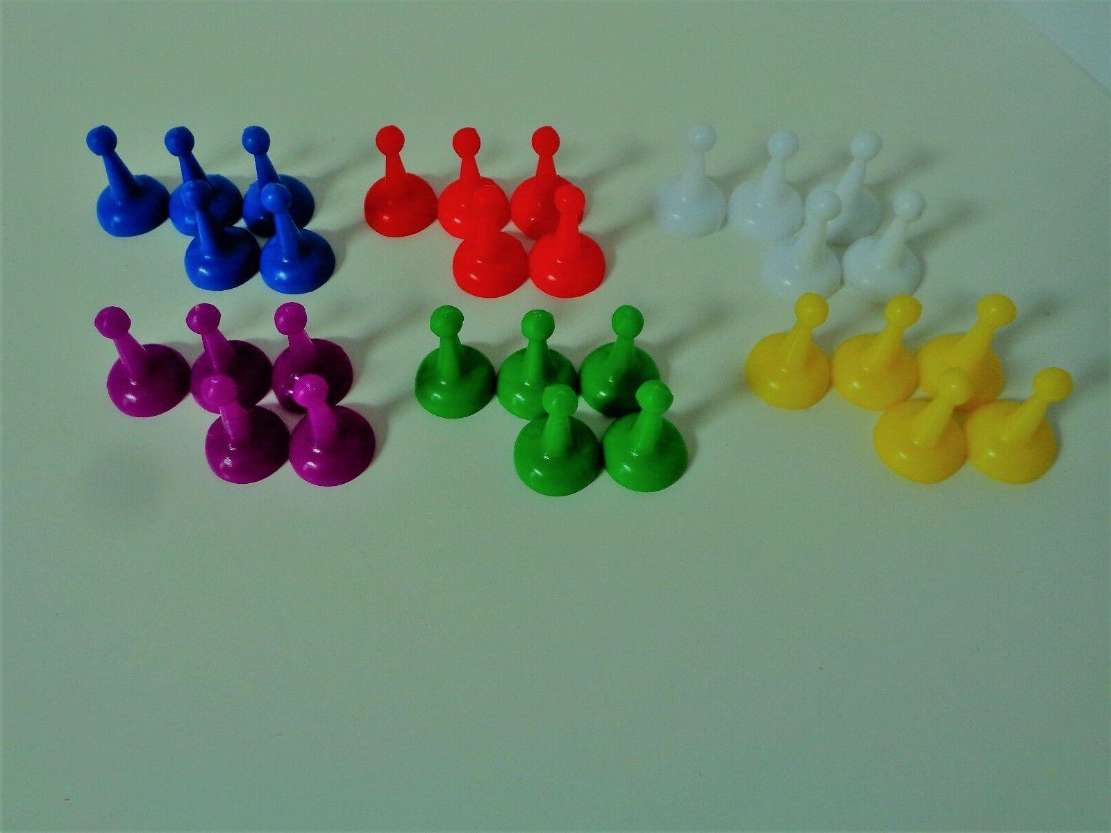 assorted 1 inch color pawns pieces